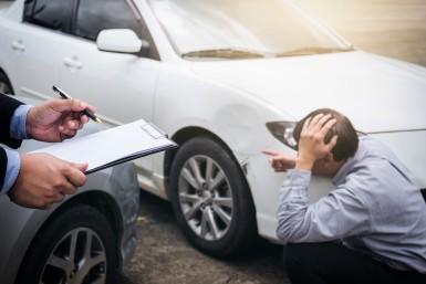 Odzyskanie odszkodowania od nieubezpieczonego kierowcy - co robić?