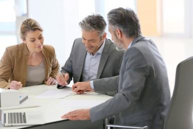 Ściąganie odszkodowań w jaki sposób działają kancelarie odszkodowawcze