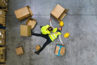 Wypadek w pracy odszkodowanie - jakie koszty powinno pokryć?